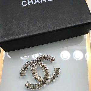 CC logo crystal brooch